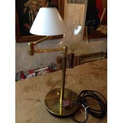 Lampe anglaise de bureau à bras doré